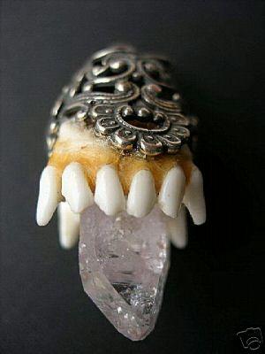 dachsgebiss bergkristall.JPG
