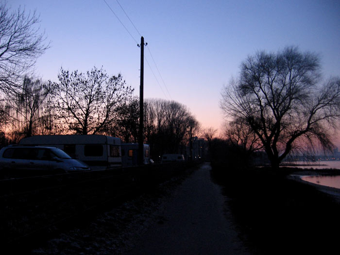 wintercamper1.jpg